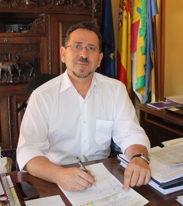 La Solana - Alcalde - Luis Díaz-Cacho.jpg