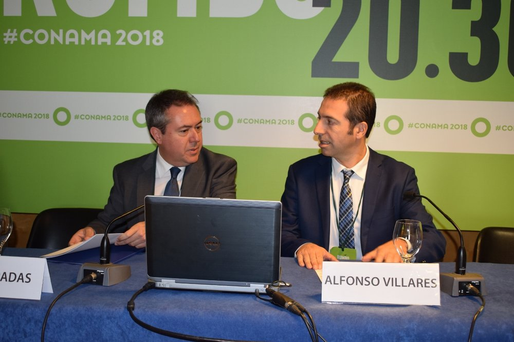 Juan Espadas y Alfonso Villares, respectivamente