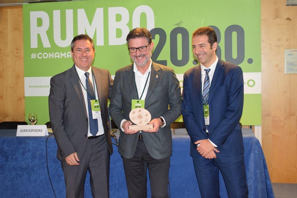 El alcalde de Real Sitio de San Ildefonso, José Luis Vázquez, que recogió el premio de Eficiencia Energética, Urbanismo y Edificación