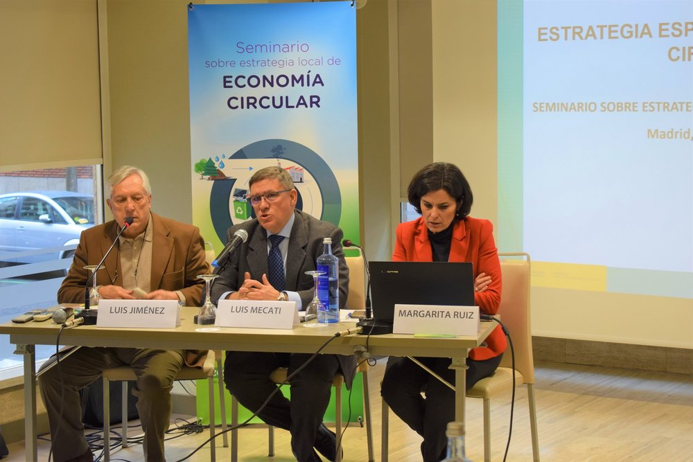 Luis Jiménez, Luis Mecati y Margarita Ruiz en el seminario sobre el modelo de Estrategia Local de Economía CIrcular | FEMP.