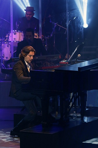 3Pianistas micheo piano.jpg