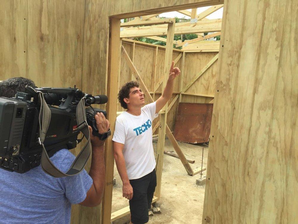 Francisco Susmel - Coordinador TECHO Puerto Rico- reconstruyen casas a personas con necesidad