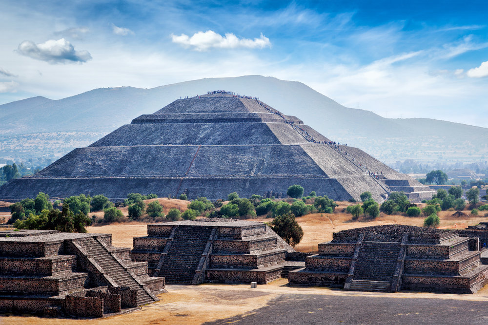 Mexico's Top Experiences: - 1. Climbing the pyramid and exploring the artisanal market in Tepoztlán2. Enjoying the beaches and traditional Mexican chocolate in Oaxaca3. Shopping for handmade pottery and taking in the architecture of Puebla
