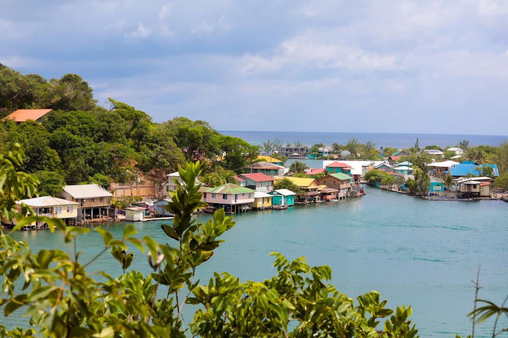Honduras Top Experiences: - 1. Visit The Copán Ruins2. Go bird watching in Lago3. Go volcano boarding