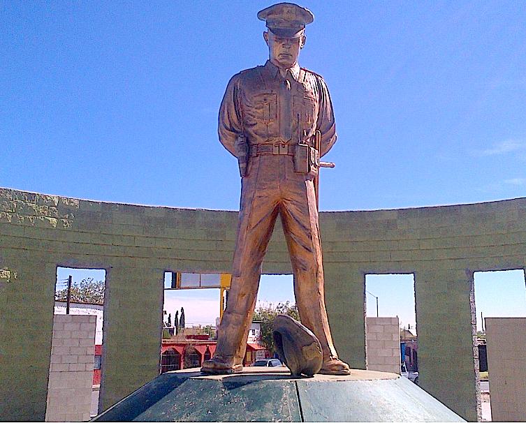 Monument to Fallen Police, Juárez.