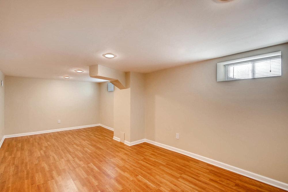 4630 7th St NE Minneapolis MN-large-019-15-Lower Level Family Room-1500x1000-72dpi.jpg