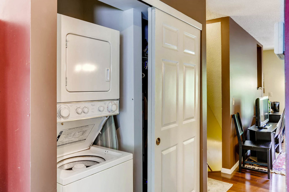205 University Ave NE-large-021-17-Laundry Room-1500x1000-72dpi.jpg
