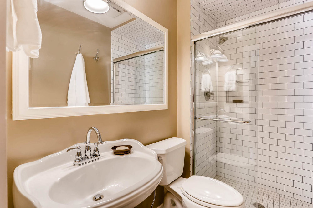 5701 Hyland Courts Minneapolis-large-018-14-2nd Floor Master Bathroom-1500x1000-72dpi.jpg