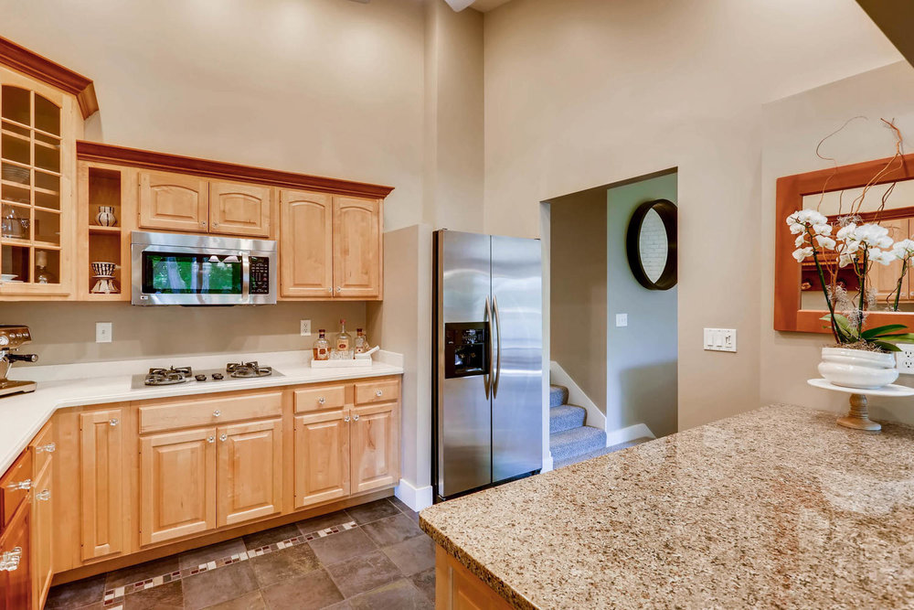 5701 Hyland Courts Minneapolis-large-013-20-2nd Floor Kitchen-1500x1000-72dpi.jpg