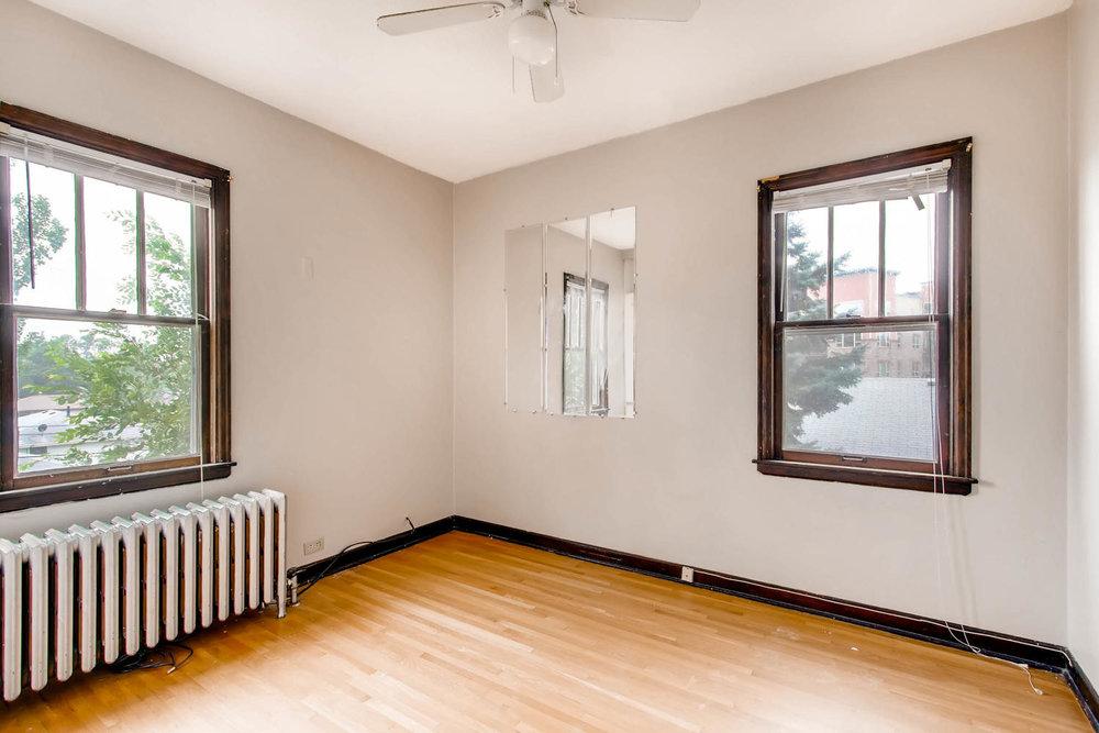1010 2nd St NE Minneapolis MN-large-018-42-2nd Floor Bedroom-1500x1000-72dpi.jpg