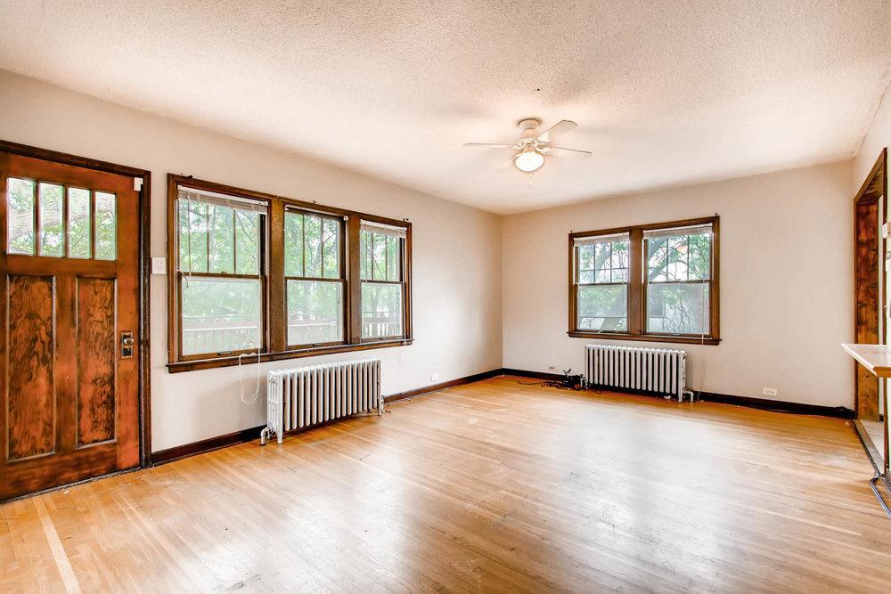1010 2nd St NE Minneapolis MN-large-012-41-2nd Floor Living Room-1500x1000-72dpi.jpg