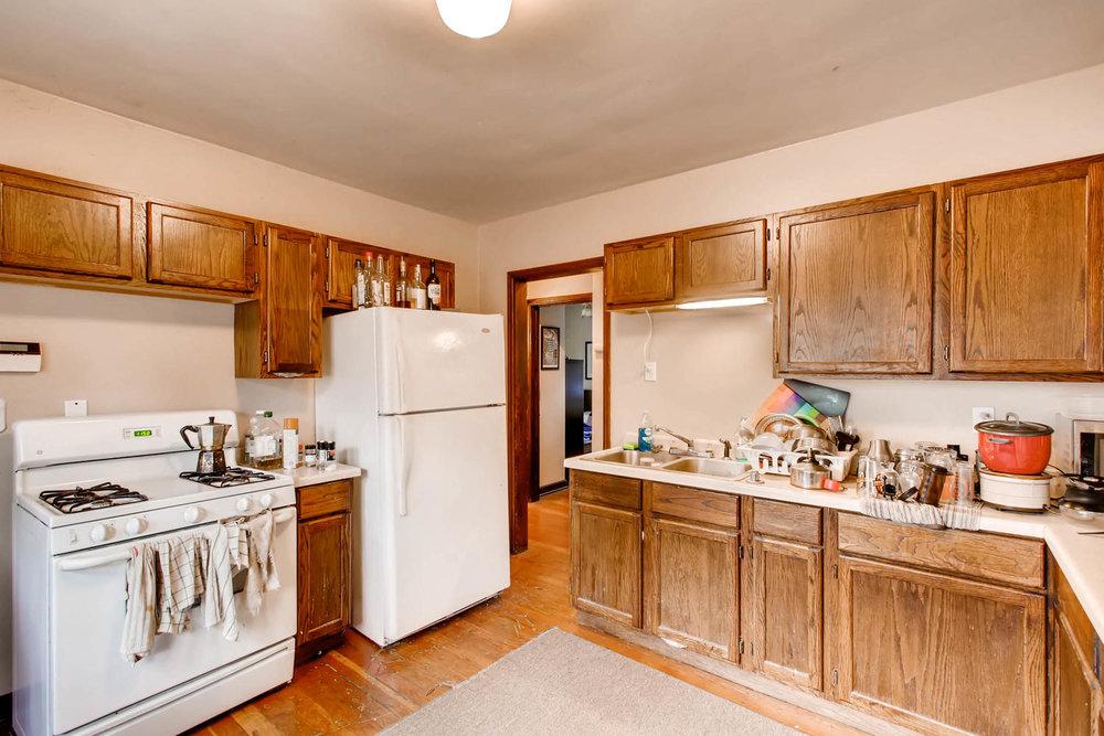 1010 2nd St NE Minneapolis MN-large-005-38-Kitchen-1500x1000-72dpi.jpg