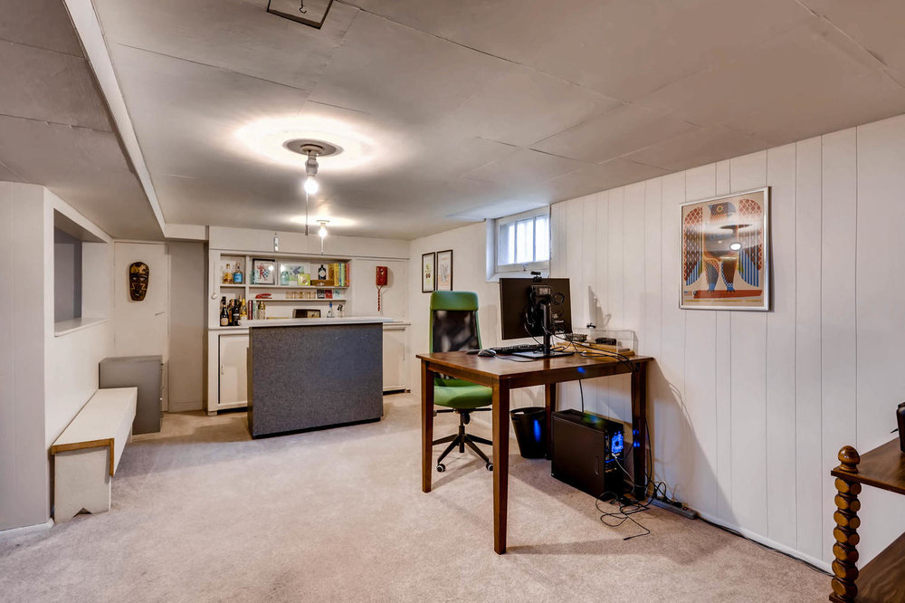 2519 3rd St NE Minneapolis MN-large-023-23-Lower Level Family Room-1500x1000-72dpi.jpg