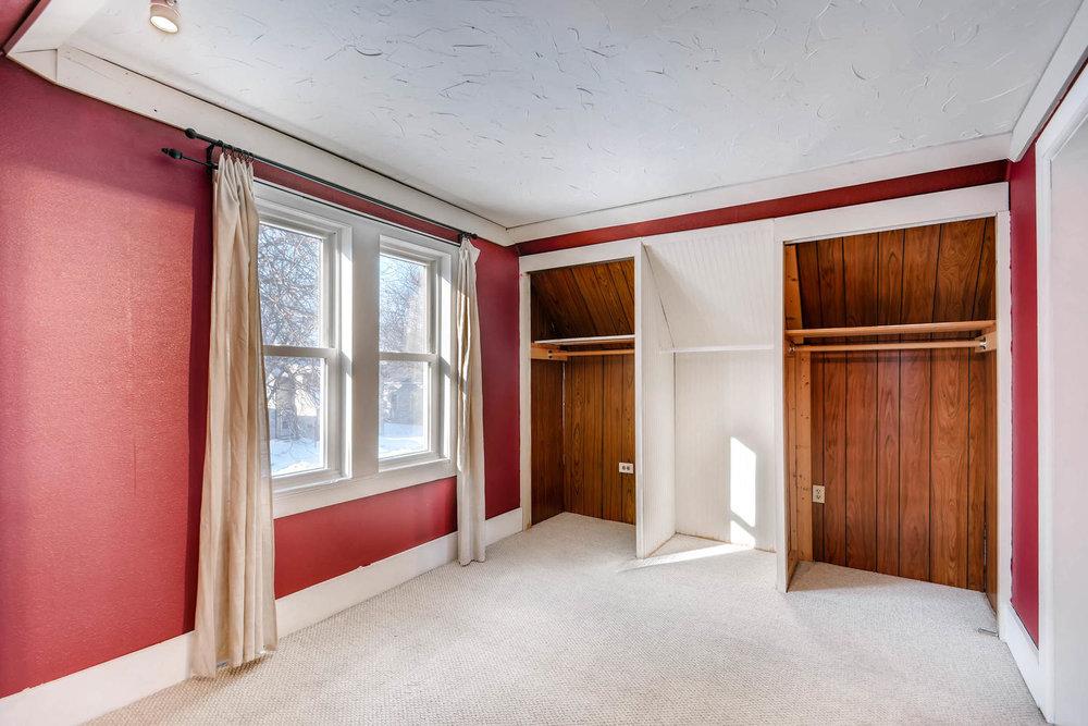 743 Pierce St NE Minneapolis-large-016-19-2nd Floor Bedroom-1500x1000-72dpi.jpg