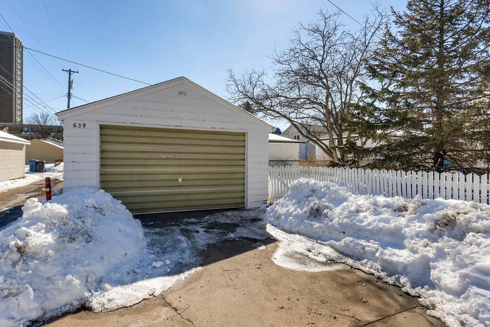 639 Quincy St NE Minneapolis-large-028-20-Garage-1500x1000-72dpi.jpg