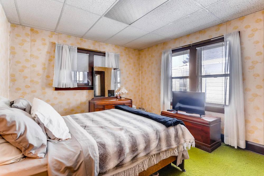 639 Quincy St NE Minneapolis-large-015-6-Bedroom-1500x1000-72dpi.jpg