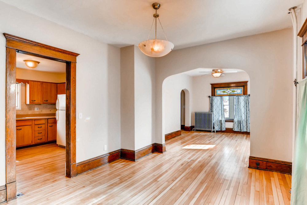 2526 Buchanan St NE-large-008-1-Dining Room-1500x1000-72dpi.jpg