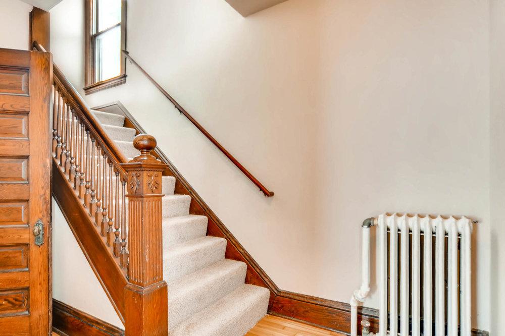 2526 Buchanan St NE-large-016-20-Stairway-1500x1000-72dpi.jpg