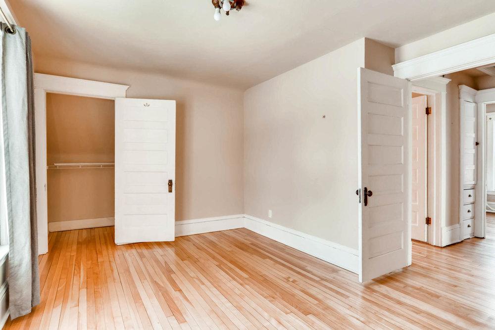 2526 Buchanan St NE-large-018-12-2nd Floor Bedroom-1500x1000-72dpi.jpg