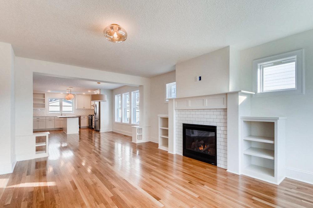 2949 Grand St NE Minneapolis-large-004-10-Living Room-1499x1000-72dpi.jpg