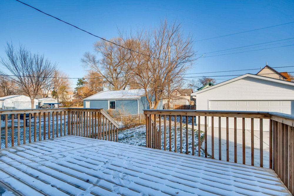 2949 Grand St NE Minneapolis-large-024-26-Deck-1499x1000-72dpi.jpg