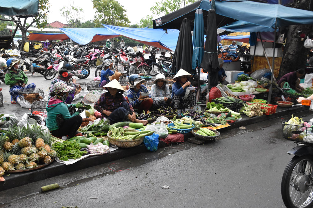 the daily market in Hoi An