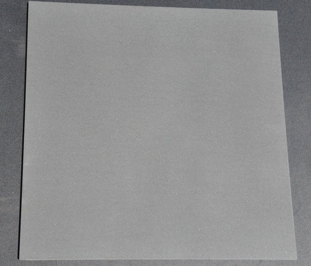 18x18 BASALT DARK GRAY HONED.jpg