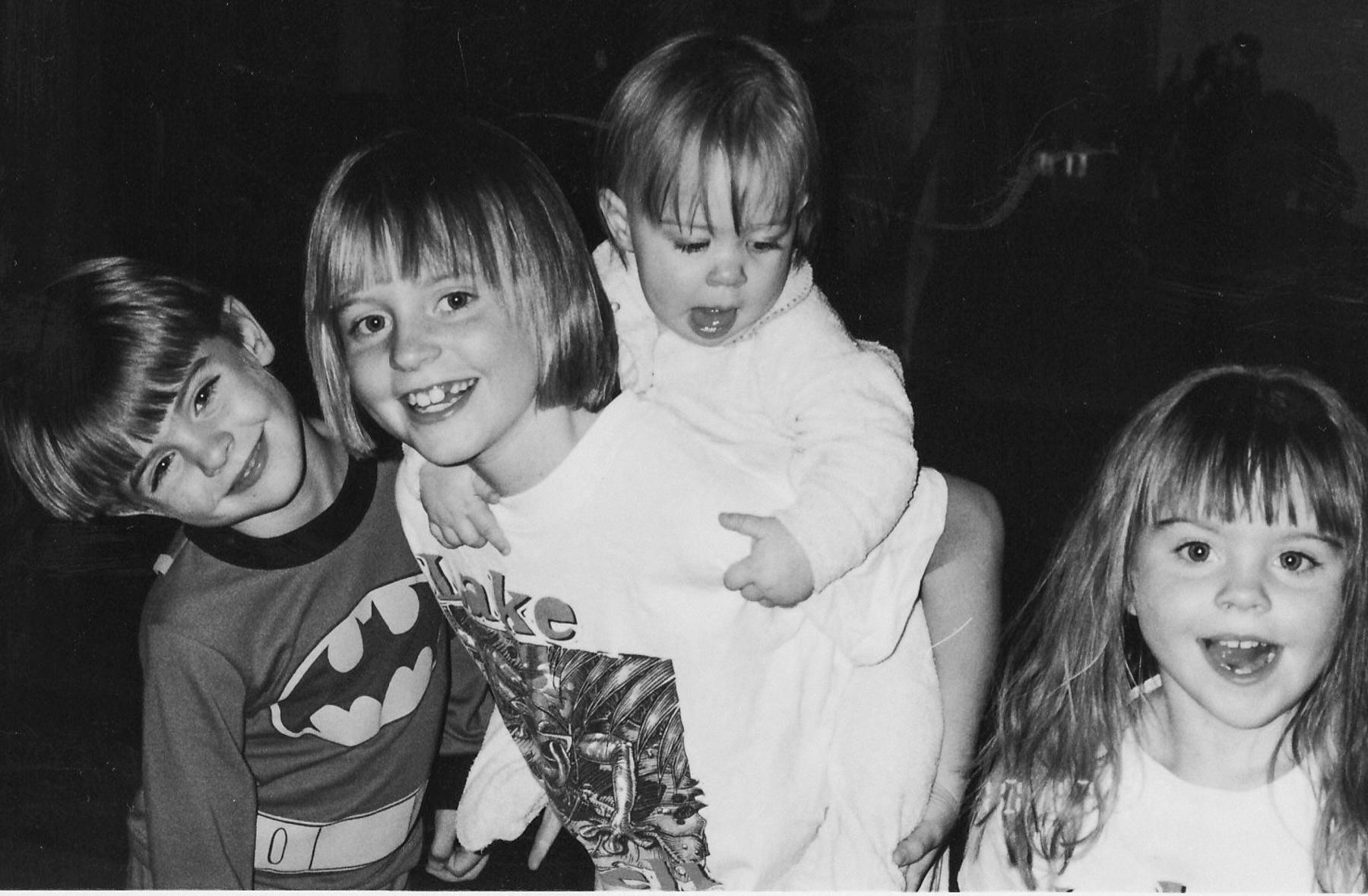 siblings -7001