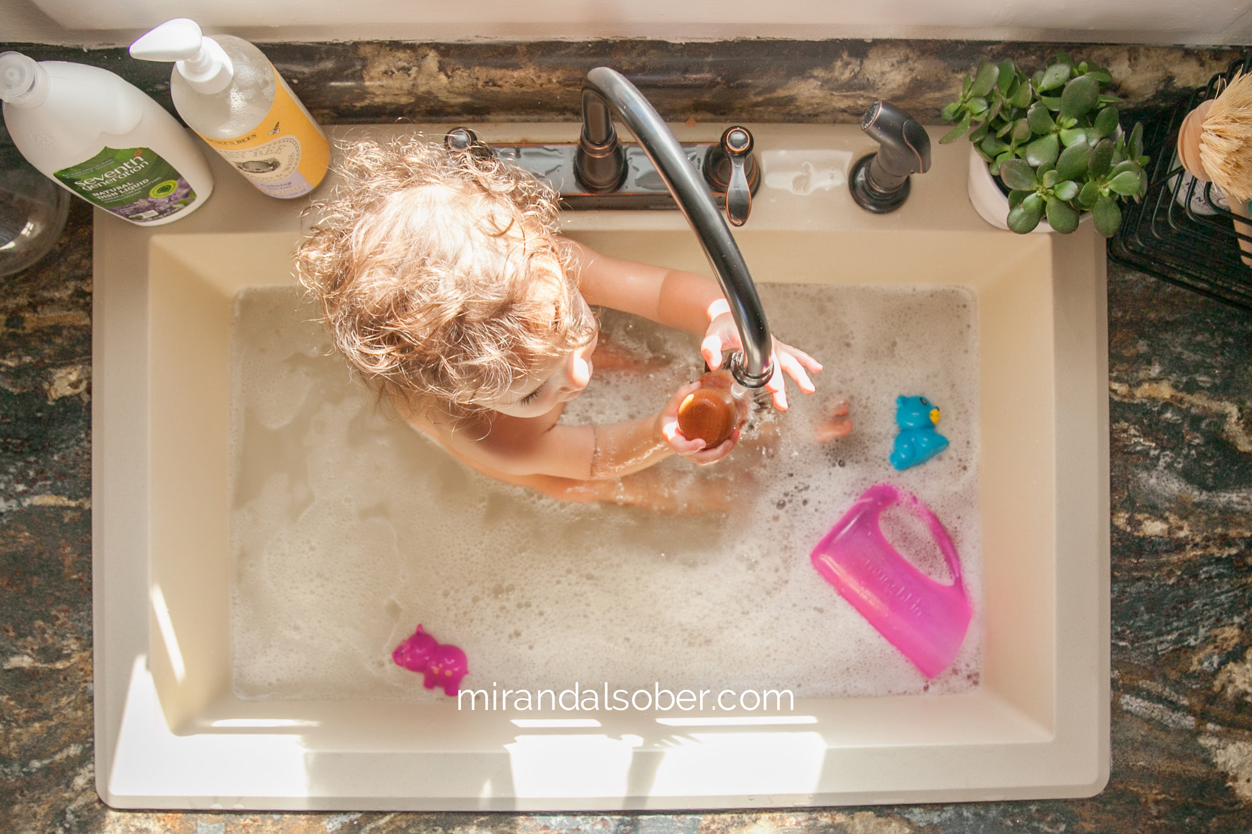 Denver baby photographer, Miranda L. Sober Photography, baby bath