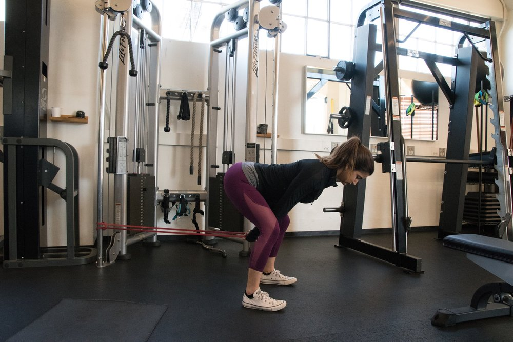 hamstrings warm-up hip thrusters with band personal trainer