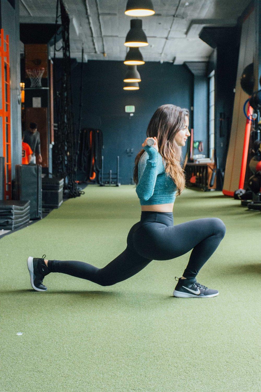splitsquat.kneetrainersf