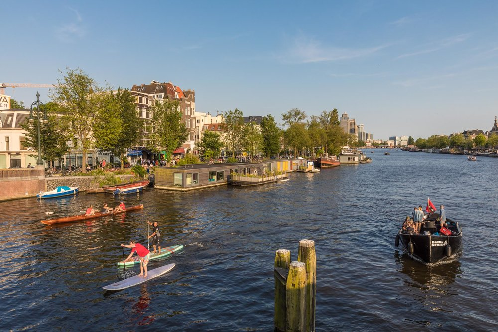 Different floating devices on the Amstel