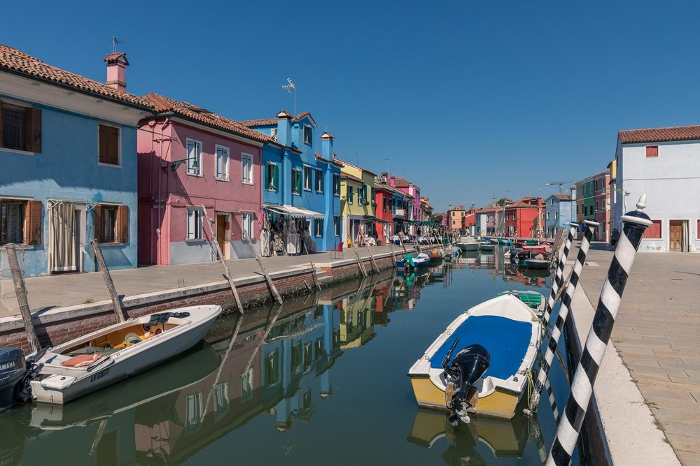 The colorful buildings in Burano