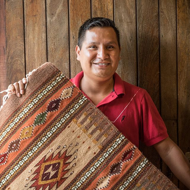 Another artisan from our @humanconnections cultural day tour! Rolando hails from Oaxaca and hand makes beautiful rugs like this one 😍 📷: @photomeister @societyofeverywhere . . . . . #sayulita #buserias #mexico #mexicosorprendente #viajesenmexico #vidamex #pueblosmagicos #thevisualgrams #mytinyatlas #passionpassport #travelon #trulyamazingplaces #societyofeverywhere