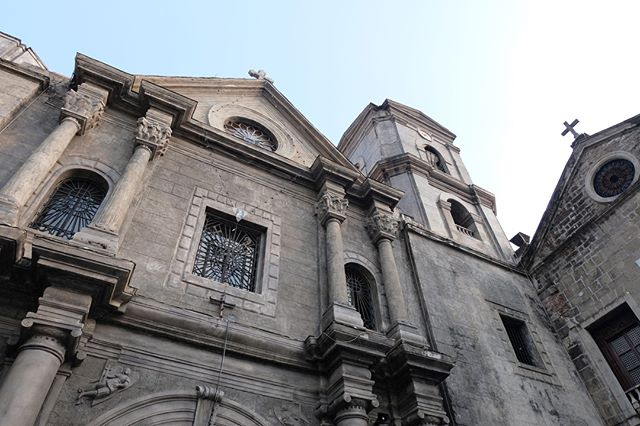 🇵🇭 ⠀ My time in the Philippines was short but sweet! After a much needed good night of sleep I spent my day in Manila exploring the historic Intramuros area of the city. One of the highlights was watching a wedding take place inside of San Agustin Church (pictured). I also enjoyed a great local meal with Pia, the resident manager of @ameliehotelmnl who generously sponsored my stay in Manila. Manila could be described as a pretty crazy city, especially when it comes to traffic, but I loved getting to see it! Read more about my time in the Philippines at the link in my bio.⠀ Country 106/195⠀ .⠀⠀ .⠀⠀ .⠀⠀ .⠀⠀ .⠀⠀ #trekwithtaylor #travelgram #womentravel #tripstagram #worldtraveler #travelblog #bucketlistlife #travelgirl #femaletravelbloggers #travelinsta #trip #worldnomads #adventuretravel #worldtrip #explorer #explore #traveltheworld #getaway #travelphotos #travelpics #globetrotter #lifewelltraveled #trips #passportready #worldtravel #wander #Manila #Philippines
