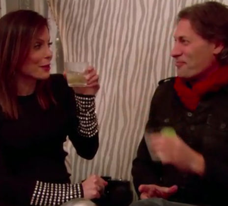 Bethenny Frankel and Ramona Singer Pursued by the Same Guy and Heads Everywhere Are Exploding