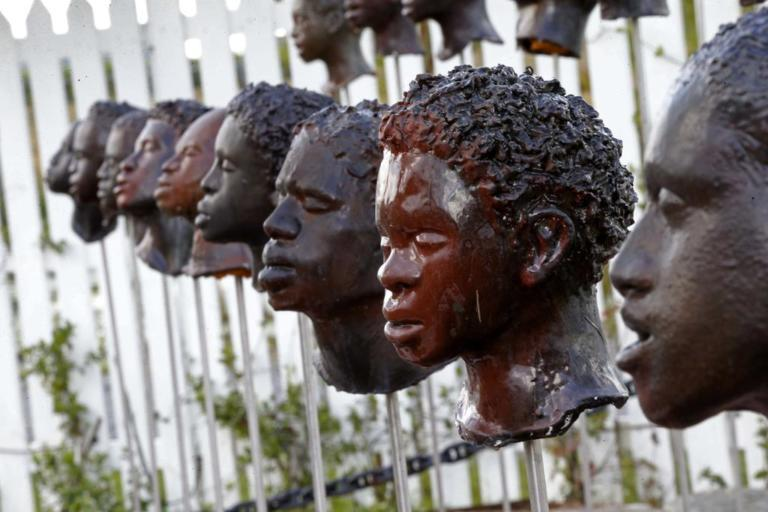 Plantations-Slavery.jpg