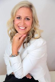 CARLENE CAMPBELL - HR SPECIALIST CARLENE@MASLOW.CO.NZ +64 21 269 8652