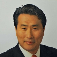 Peter Huh  Chairman & CEO, Pacific American Seafood Company  Board of Trustees, Asian Americans Advancing Justice