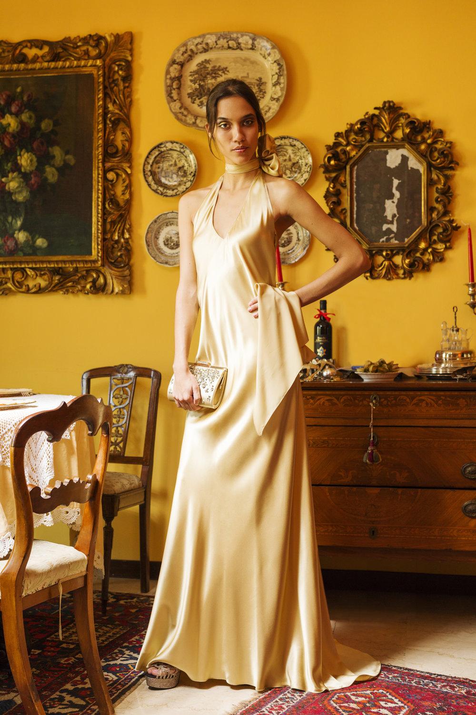 Lady  -  Dress:  Eleonora Scaramucci,  scarf:  Eleonora Scaramucci,  necklace:  Eleonora Scaramucci,  sandals:  Eleonora Scaramucci