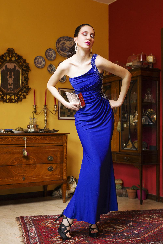 Dress:  Eleonora Scaramucci,  earrings:  Eleonora Scaramucci,  necklace:  Eleonora Scaramucci,  sandals:  Eleonora Scaramucci