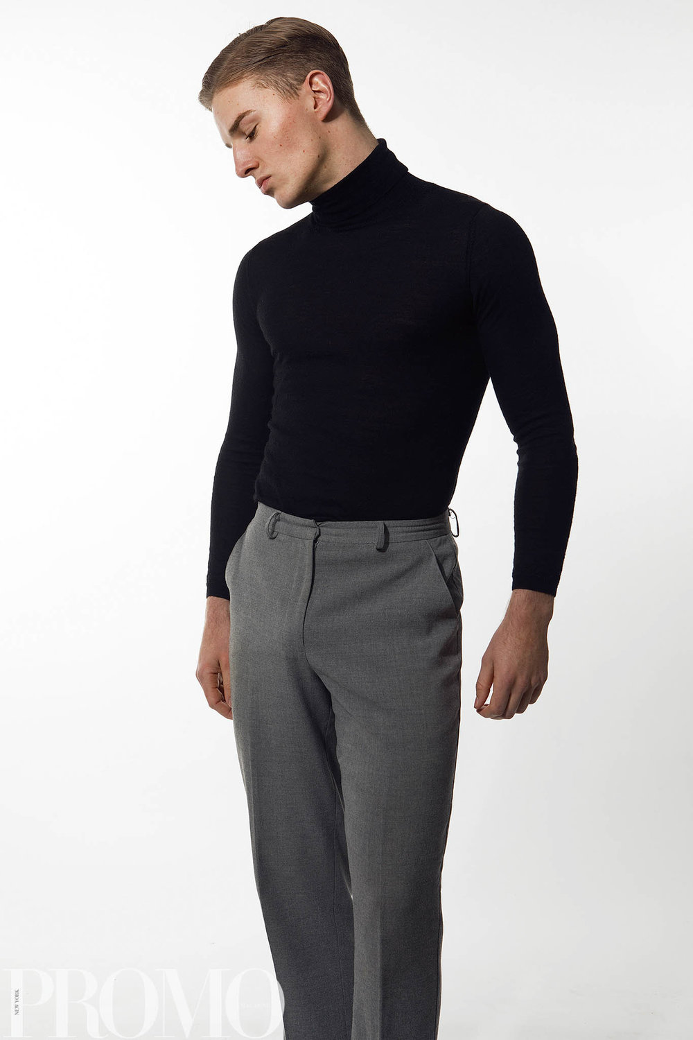 Turtle neck : country road Pants : innovare