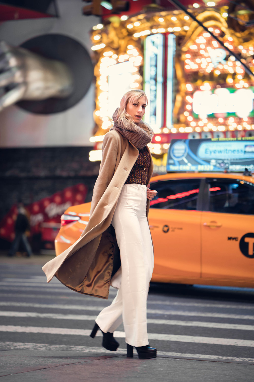 Blouse: Michael Kors Sweeter: Catherine Malandrino Pants: H&M Coat: L&L, Collezioni Italiana Shoes: Naacee Scarf: I AM