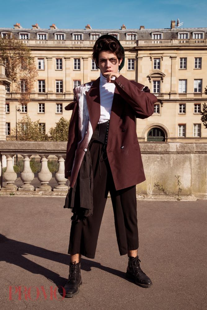 Suit Jacket:Daymare  Shirt:Xiyouji  Hat:la chouette curieuse  Black Trousers:Vintage