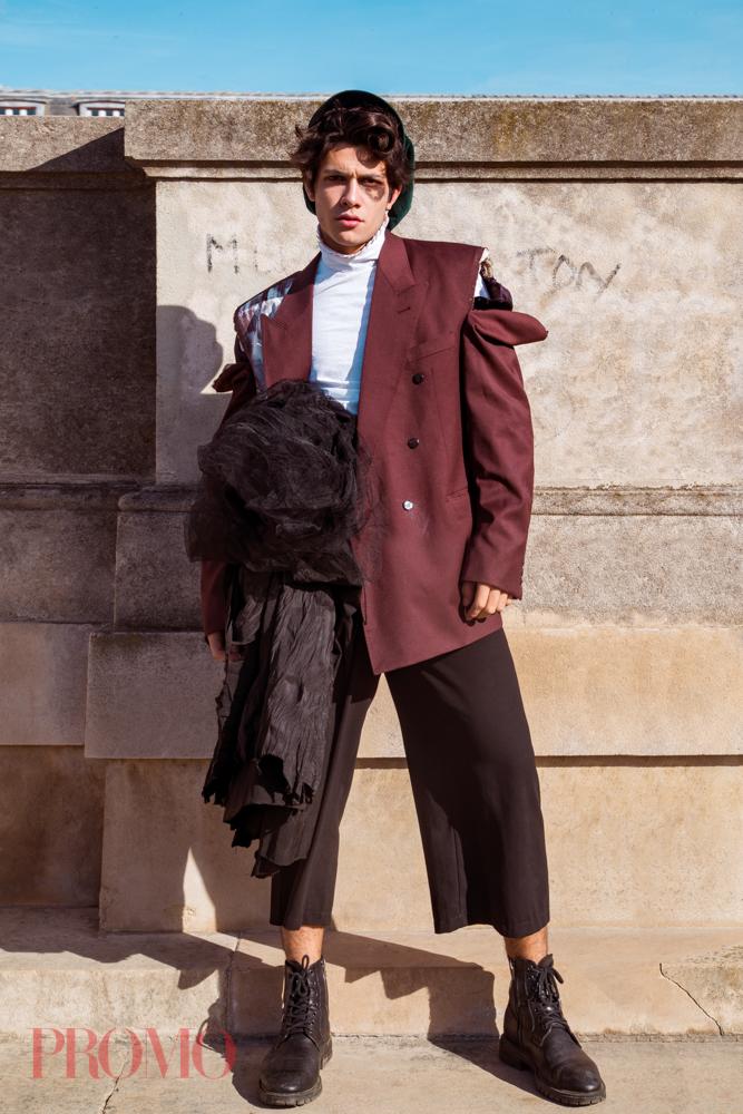 Shirt:Xiyouji  Suit Jacket:Daymare  Black Trousers:Vintage  Hat:la chouette curieu
