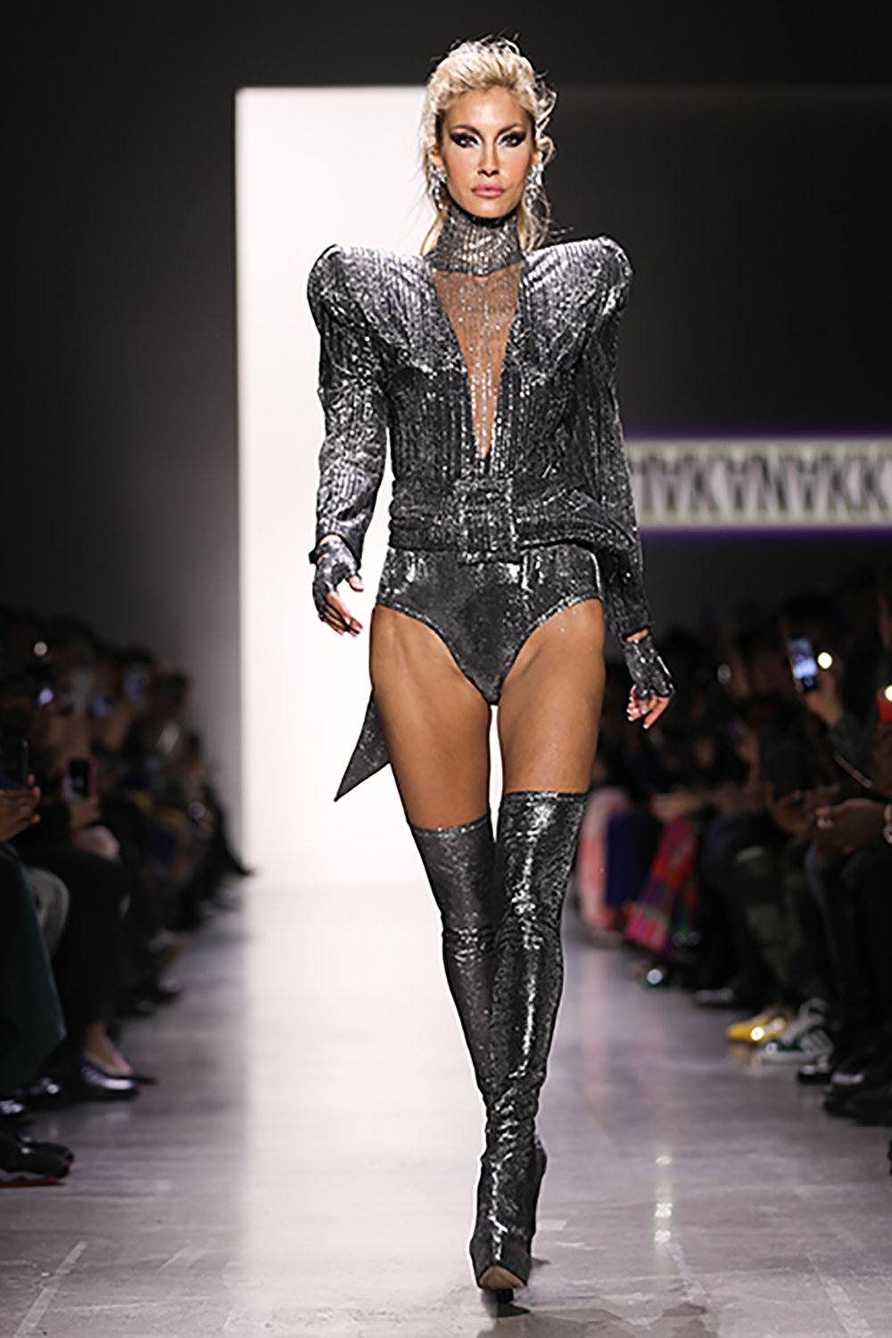 Hakan-Akkaya-NYFW-Fall-2019-01-300dpi-Photo-Credit-Elvia-Gobbo.jpg