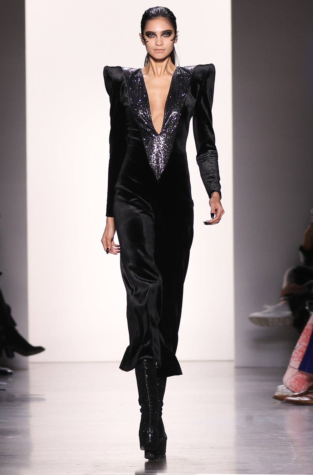 Hakan-Akkaya-NYFW-Fall-2019-35-300dpi-Photo-Credit-Elvia-Gobbo.jpg
