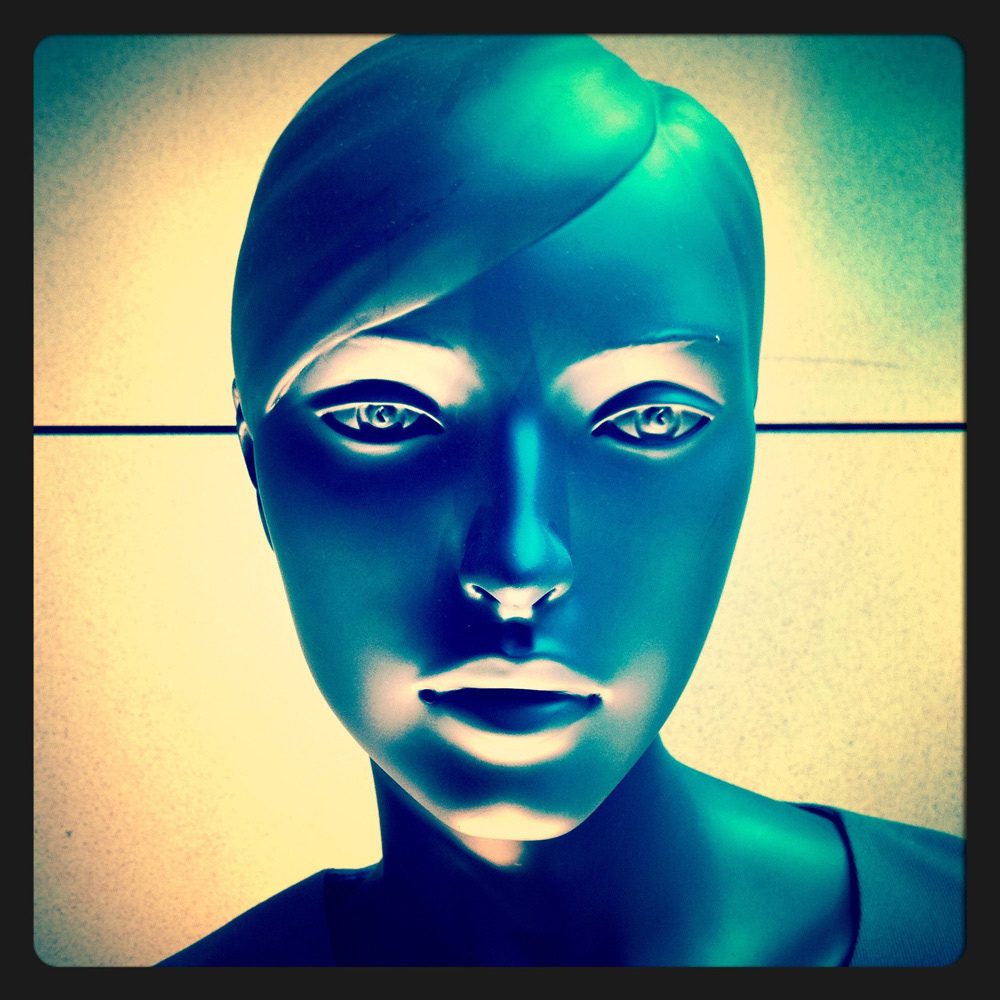 jules-oloughlin_still-life_mannequin-01.jpg