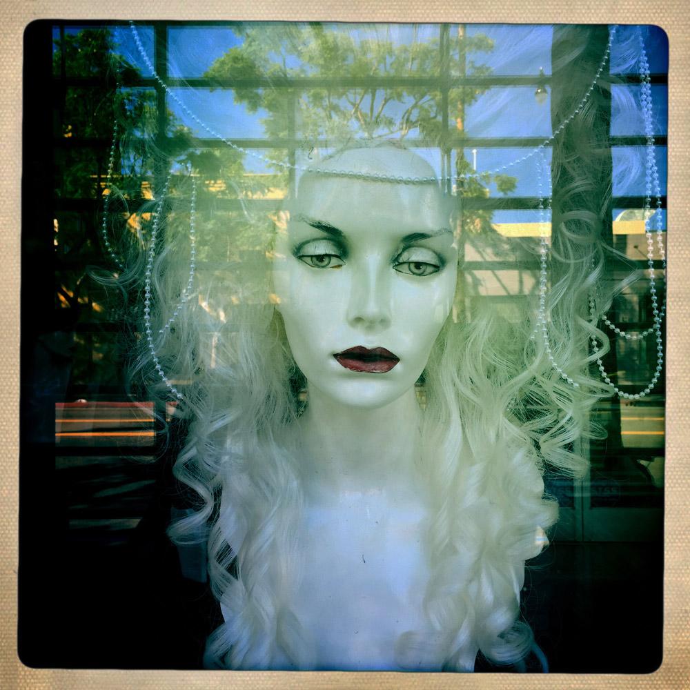 jules-oloughlin_still-life_mannequin-06.jpg