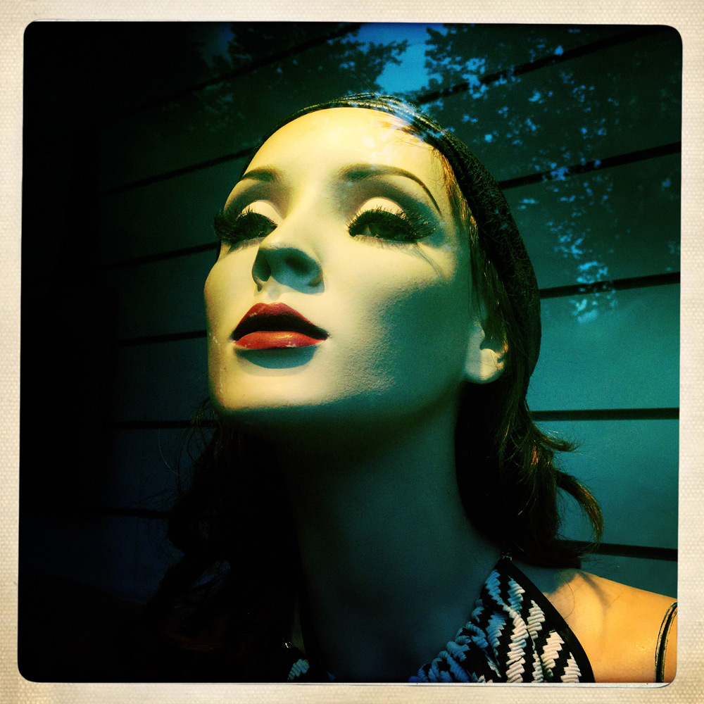 jules-oloughlin_still-life_mannequin-08.jpg